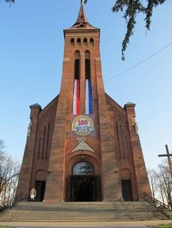 Parafia Rzymsko Katolicka p.w. Świętej Trójcy w Komarowie